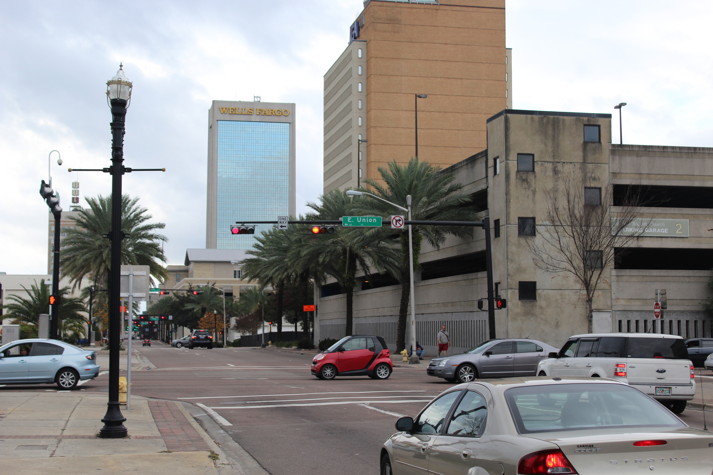 background image, Florida intersection with Smart Car and Wells Fargo building in the background